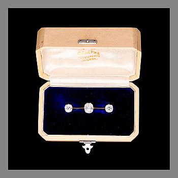 A BROOCH, Fabergé, St. Petersburg. Gold and old cut diamonds. Original case.