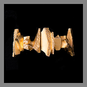 BJÖRN WECKSTRÖM, BRACELET. Bear's Tusk. 14K gold, Lapponia 1973.