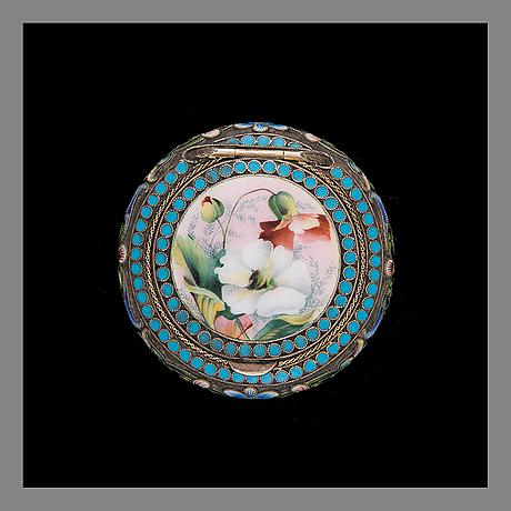 Pillerdosa, silver och emalj. maria semenova, st.petersburg ca 1900