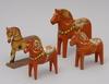 HÄstar, 4 st. bl a dalahästar. 1900-tal.
