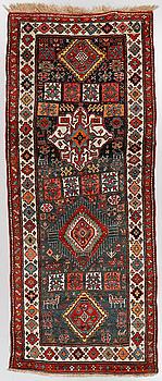 GALLERIMATTA, troligen kaukasisk, semiantik, ca 280 x 115 cm.