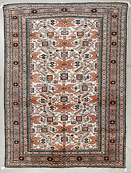 MATTA, Ardabil, troligen old. Ca 360x267 cm.