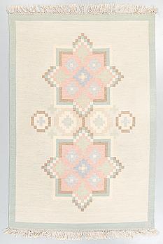 MATTA, rölakan, monogramsignerad BU, 1900-talets andra hälft, 245 x 165 cm.