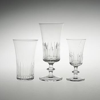 """GLASSERVISDELAR, 42 st, Kosta """"Åre""""."""