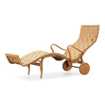 504. Bruno Mathsson, a beech lounge chair, Värnamo, Sweden 1950's.