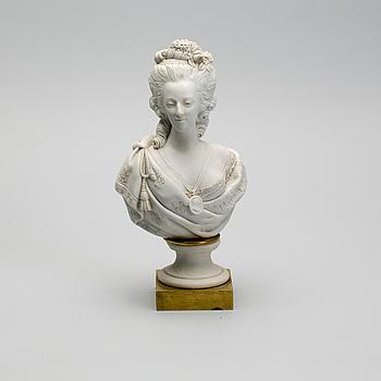 FIGURIN, biskvi. Sèvres, 1800-talets andra hälft.