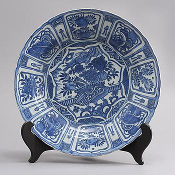 SKÅLFAT, porslin, Kina, Ming/Wanli (1572-1620).