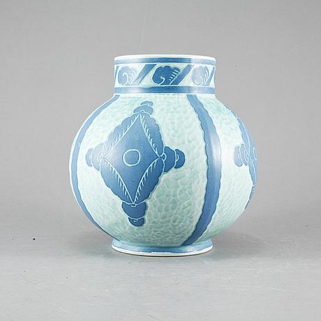 """Vas, """"sgraffito"""", josef ekberg, gustavsberg, 1921."""