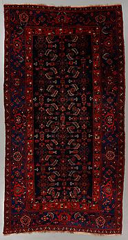 MATTA, orientalisk, modern tillverkning, ca 280 x 147 cm.