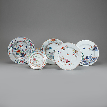 TALLRIKAR, 5 st, porslin, Kina, 1700-tal.