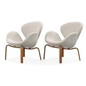 67. Arne Jacobsen, A pair of 'Swan' easy chairs, Fritz Hansen, Denmark 1966.