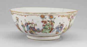 14. BÅLSKÅL, kompaniporslin. Qing dynastin, Qianlong (1736-95).