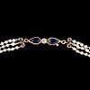 PÄrlcollier, orientaliska saltvattenspärlor. lås i 14k guld med safirer och diamanter, helsingfors 1954.