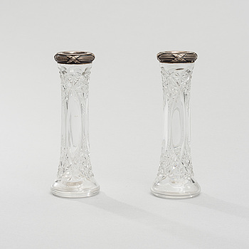A PAIR OF MINIATURE VASES, Fabergé, silver and glas, ca 1900.