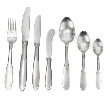 6. A SET OF 102 PCS OF GEORG JENSEN FLATWARE,