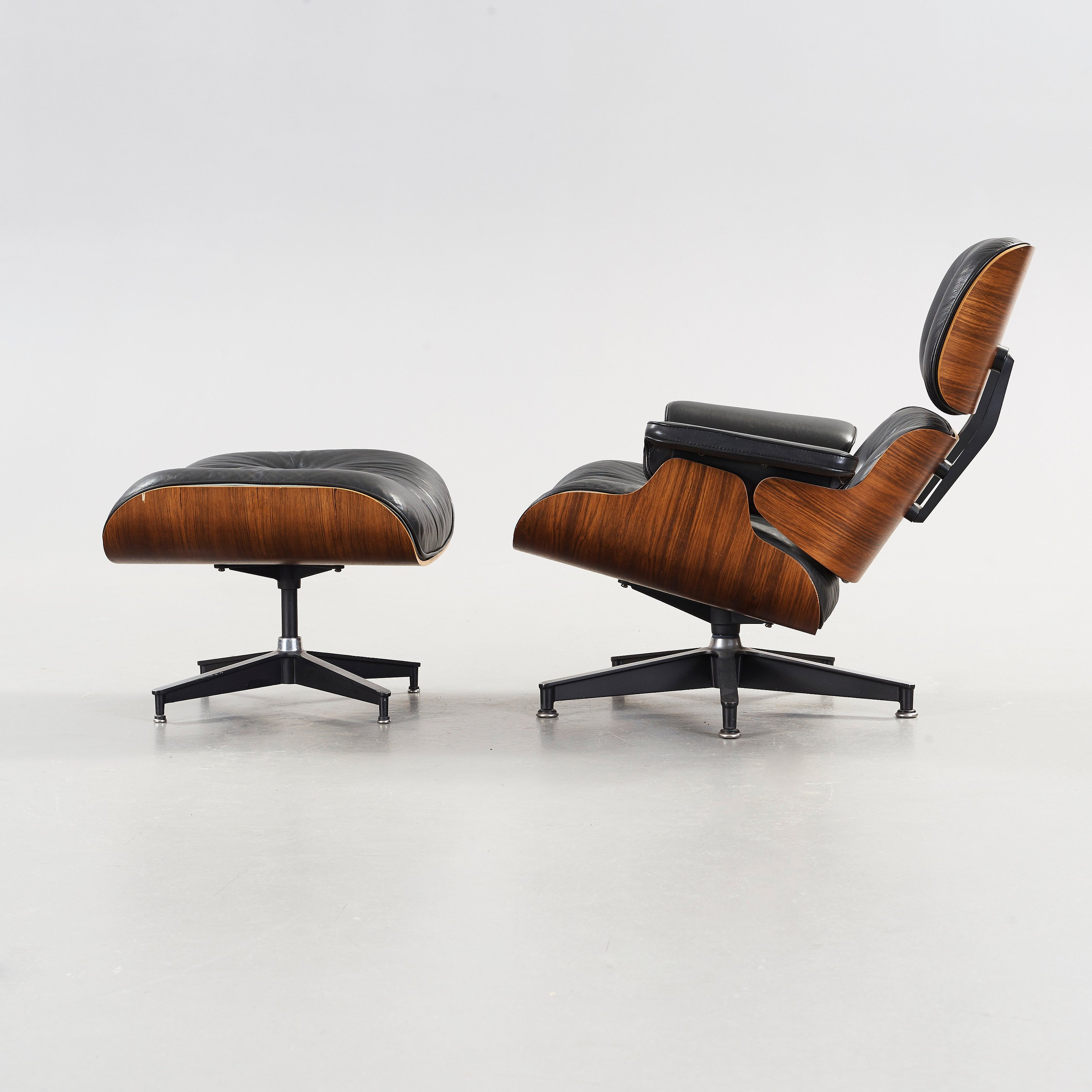 Awe Inspiring Charles Ray Eames Lounge Chair With Ottoman Herman Machost Co Dining Chair Design Ideas Machostcouk