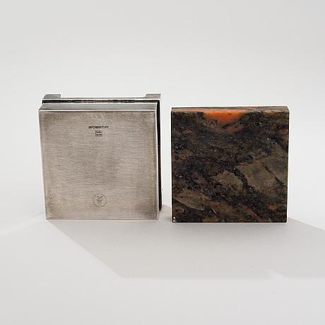 Bertel gardberg, hopeinen rasia kivikannella., hopeaa 916, kultateollisuus.