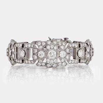 479. ARMBAND med briljantslipade diamanter totalt ca 10.00 ct, 1940-tal.