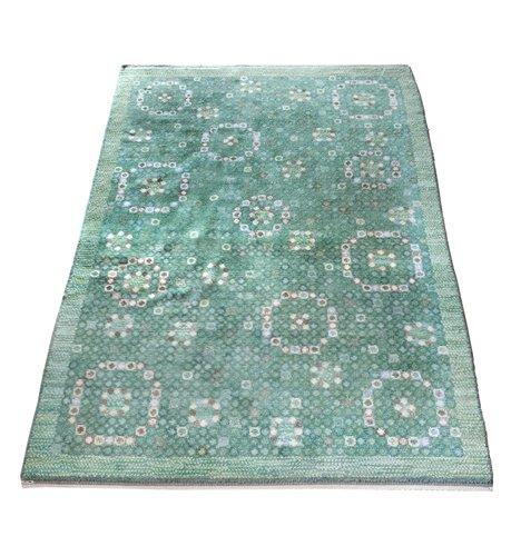 A flossa carpet.