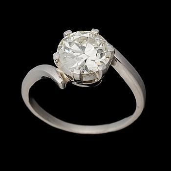RING, briljantslipad diamant 2,56 ct, platina.