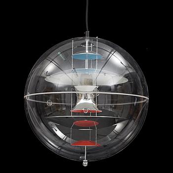 """VERNER PANTON, taklampa, """"VP-Globe"""", Frandsen, Danmark, 2000-tal. Höjd 80 cm."""