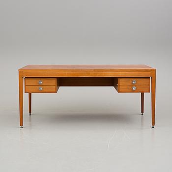 """FINN JUHL, skrivbord, """"Diplomat"""", 1900-talets andra hälft."""