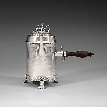 409. A Swedish 18th century silver coffee-pot, Hans Petter Vogt, Kristianstad 1785.
