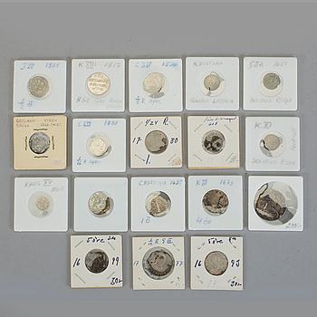 PARTI SILVERMYNT, 15 st, 1300-tal till 1865. Tot ca 83 gram med fodral.