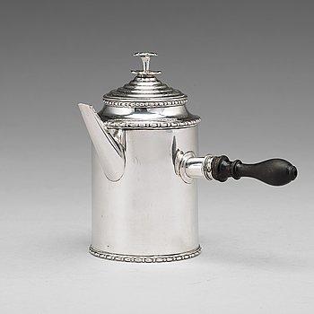 179. A Swedish Gustavian 18th century silver coffee-pot, mark of Pehr Zethelius, Stockholm 1807.