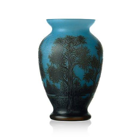 Axel enoch boman, an art nouveau cameo glass vase, reijmyre 1917.