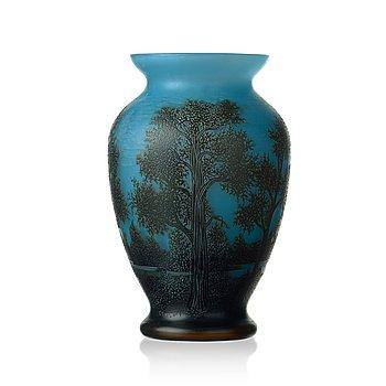 56. Axel Enoch Boman, an Art Nouveau cameo glass vase, Reijmyre 1917.