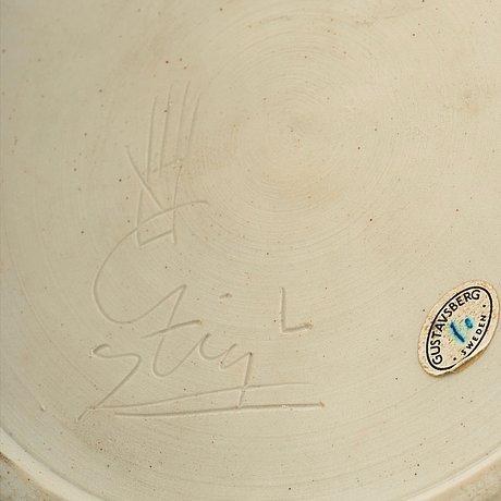 Stig lindberg, a stoneware vase by stig lindberg, gustavsberg studio 1976.