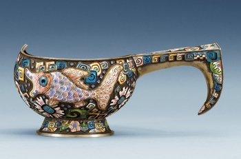 1150. A RUSSIAN SILVER-GILT AND ENAMEL KOVSH, makers mark of Fyed Ruch, Moscow 1908-1917.