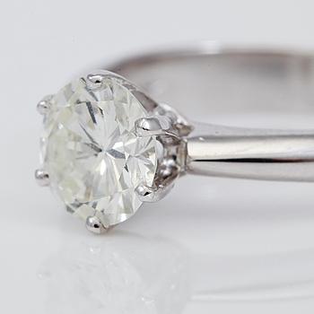 RING, solitär briljantslipad diamant 1.09 ct.