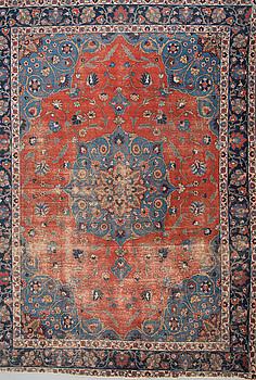 MATTA,orientalisk, antik, 280x382 cm.