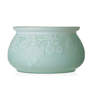 54. Alf Wallander, an Art Nouveau cameo glass bowl, Reijmyre, Sweden 1910.