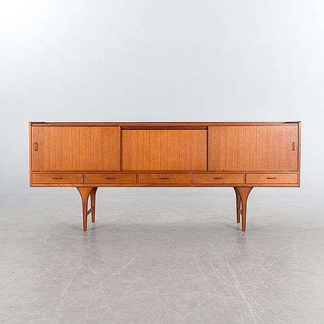 Sideboard, seffle möbelfabrik, svante skogh. 1900-talets mitt.