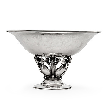 8. Gundorph Albertus, A Gundorph Albertus sterling bowl, Georg Jensen, Copenhagen 1925-32, design 468 B.