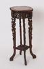 Pidestal, orientalisk.