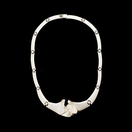 "BjÖrn weckstrÖm, a necklace, ""crosswaves"", silver. lapponia 1989."