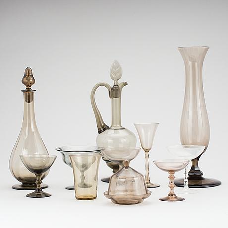 Parti glas, 47 delar, bl a simon gate och edward hald, sandviks glasbruk.
