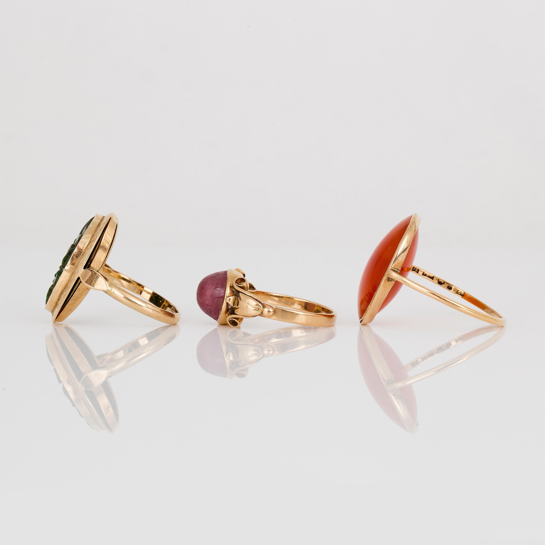 34959b6e02ca Ring med rosa turmalin, ca 4,85 ct, 'G*H', Stockholm, 1949, 18K guld.  Storlek 17,25/54,5. Ring med karneol, ca 19,25 ct, '*S', Stockholm, 1933,  18K guld.