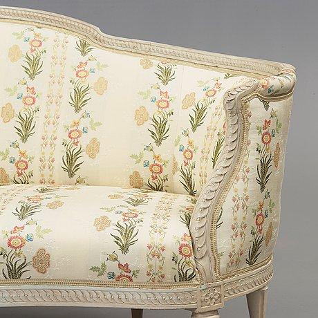A gustavian sofa by j e höglander, master 1777.