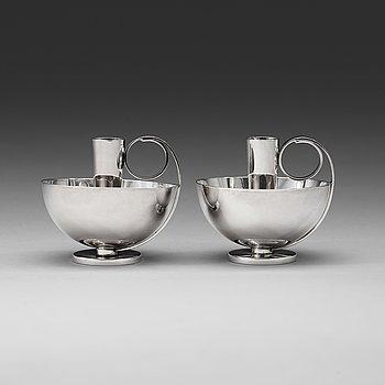 16. A pair of Olaf Staehr-Nielsen silver candlesticks, Köpenhamn 1944-45.