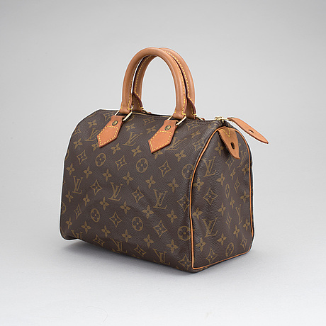 "A louis vuitton ""speedy 25"" hand bag."