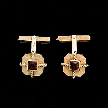 Kalvosinnapit, viistehiotut sitriinit, 18k kultaa. tabbah jewellery, beirut