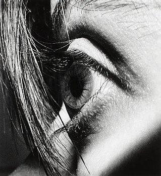 """591. EVA KLASSON, """"Paris 1975"""". Ur """"Le Troisème Angle""""."""
