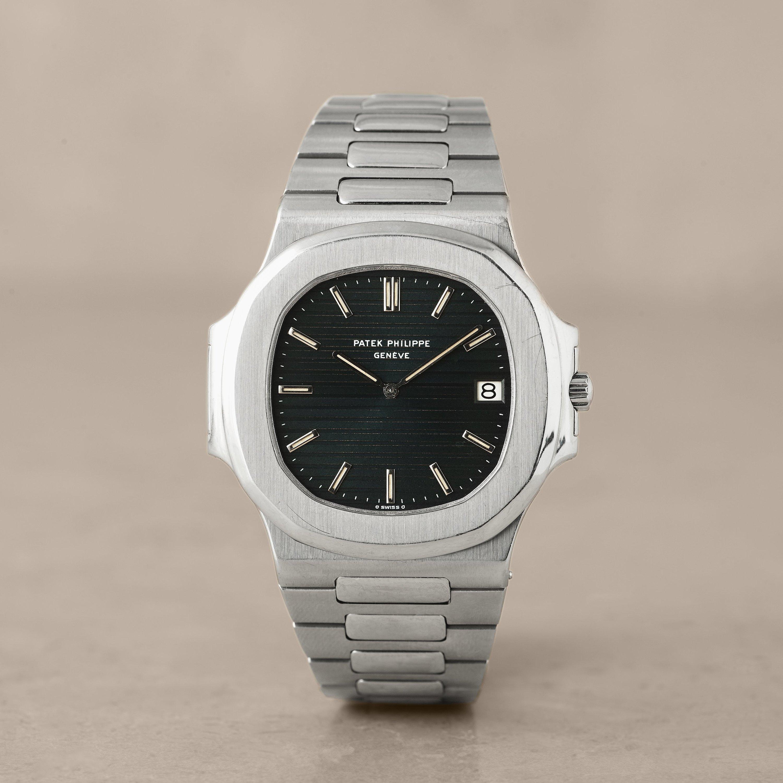 Patek philippe gen ve nautilus jumbo wristwatch 42 mm type 1 dial bukowskis for Patek philippe geneve