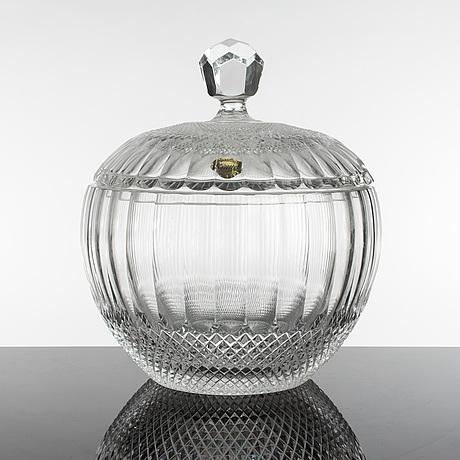 A large chrystal glass lidded bowl, gerany, mid 20th century.