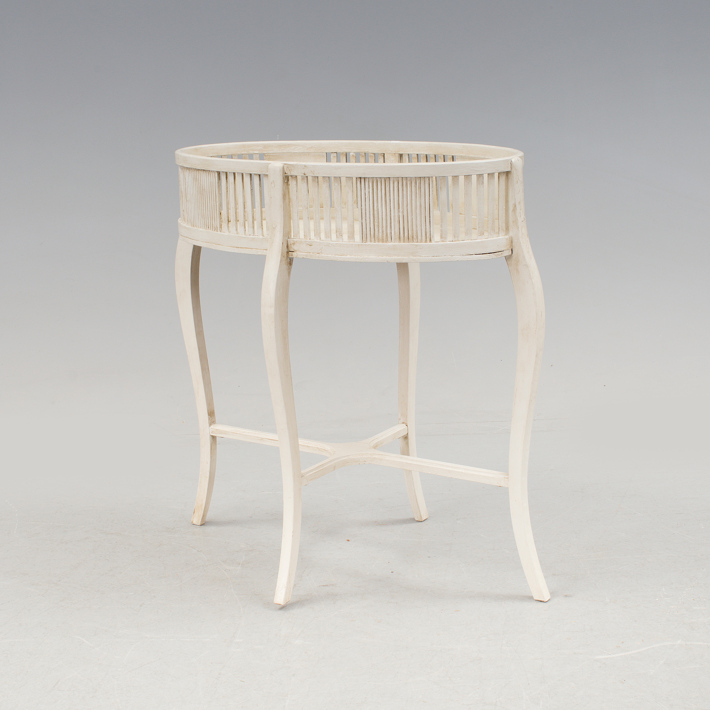 A White Oval Plant Stand Early 20th Century Bukowskis